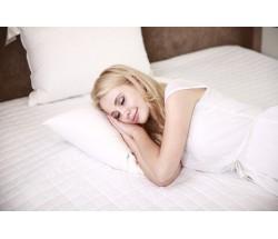Как правильно спать на ортопедической подушке?